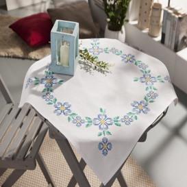 kit nappe à broder fleurs bleues 80x80cm
